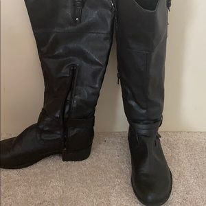 Shoes - Black Tall boots